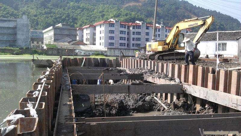 鋼板樁(zhuang)圍堰(yan)